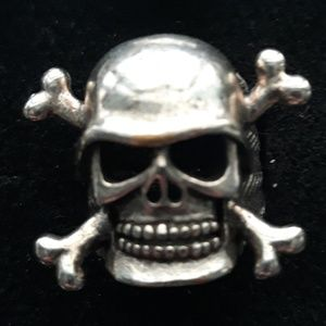 Biker Skull & Cross Bones Ring 8
